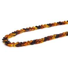 画像2: バルティックアンバー(琥珀)、バルト海リトアニア産 - リーフ型連ネックレス、サイズ約45cm【ケース付】 (2)