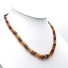 画像8: バルティックアンバー(琥珀)、バルト海リトアニア産 - リーフ型連ネックレス、サイズ約45cm【ケース付】 (8)